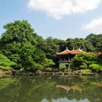 新宿人気観光スポット10選へのアクセス。新宿駅からの行き方を紹介します。