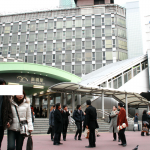 【新橋駅乗り換え案内】JR新橋駅からゆりかもめ・都営線・銀座線乗り換え方法