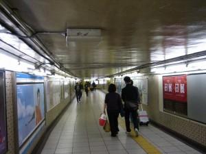 神田駅地下通路