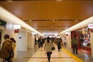 東京駅通路